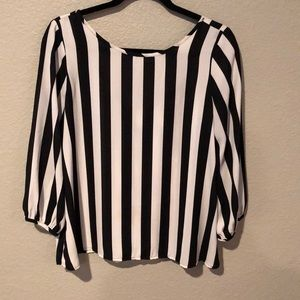 Lovely Day Tops - 🌺Striped flowy shirt